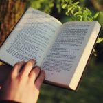 読書は様々な思考の世界を広げます