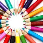 色鉛筆による風景画を描くためにデッサン、写真を撮る。